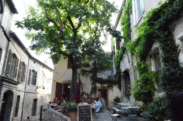 BLOG - Provence - Arles - Epicerie La Cloitre