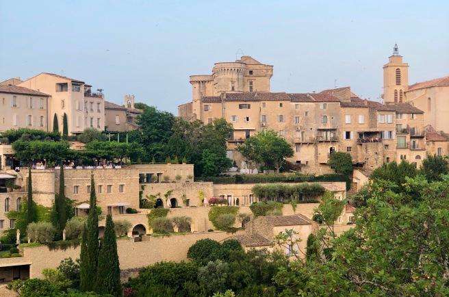 Provence - Em primeiro plano, o hotel La Bastide